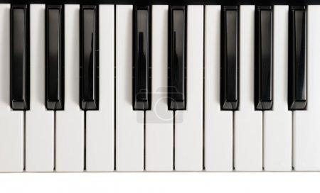 Photo pour Touches piano noir et blanc - image libre de droit