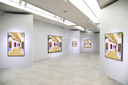 Photo pour Galerie d'art 3. Toutes les photos sur le mur juste filtré ensemble cette photo - image libre de droit