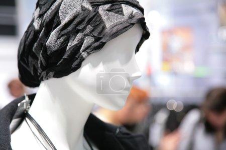 Photo pour Tête de mannequin blanc - image libre de droit