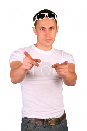Man indicates by fingers