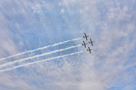 Art of synchronous flight