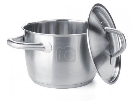 Photo pour Pot en acier inoxydable avec couvercle. Isolé sur fond blanc - image libre de droit