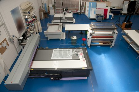 Flatbed cutter router (cutting plotter)