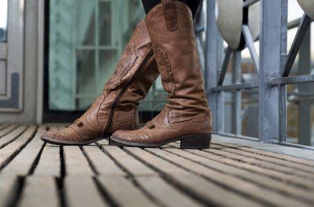 Photo pour Paire de bottes de cow-girl - image libre de droit