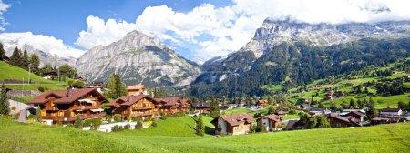 Photo pour Panorama village de Grindelwald, Suisse - image libre de droit