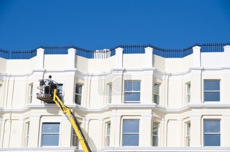 Cleaning sash windows