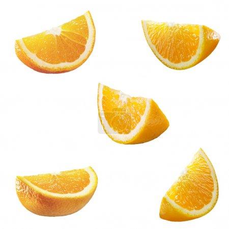 Photo pour 5 pièces de haute résolution orange isolés sur blanc - image libre de droit