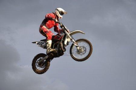 The spectacular jump racer on