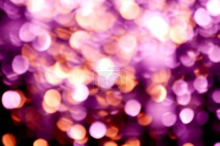 Photo pour Résumé Pasante flou fond de lumières de Noël violet - image libre de droit