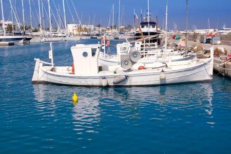 Photo pour Formentera bateaux de pêche llaut traditionnels dans les îles Baléares - image libre de droit