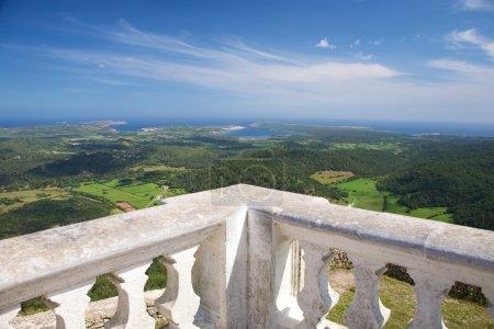 Photo pour Vue depuis la montagne de toro à l'île de Minorque en Espagne - image libre de droit
