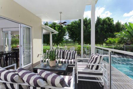 Outdoor deck and entertaining area