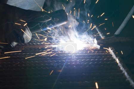 Joining metals by welding