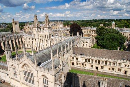 Photo pour Collage des âmes célèbres à Oxford, Grande-Bretagne - image libre de droit