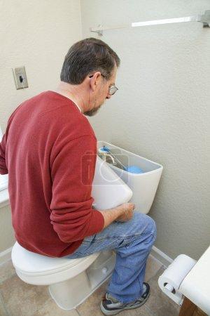 Fix bathoom water leaks