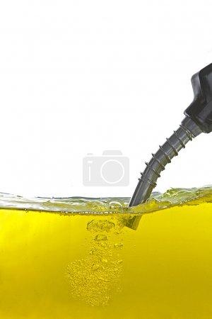 Benzin mit Zapfpistole