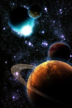 Photo pour Planète abstraite avec flare de soleil dans l'espace lointain - nébuleuse d'étoile sur fond noir - image libre de droit