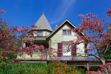 Suburban Single Family House Victorian Queen Anne